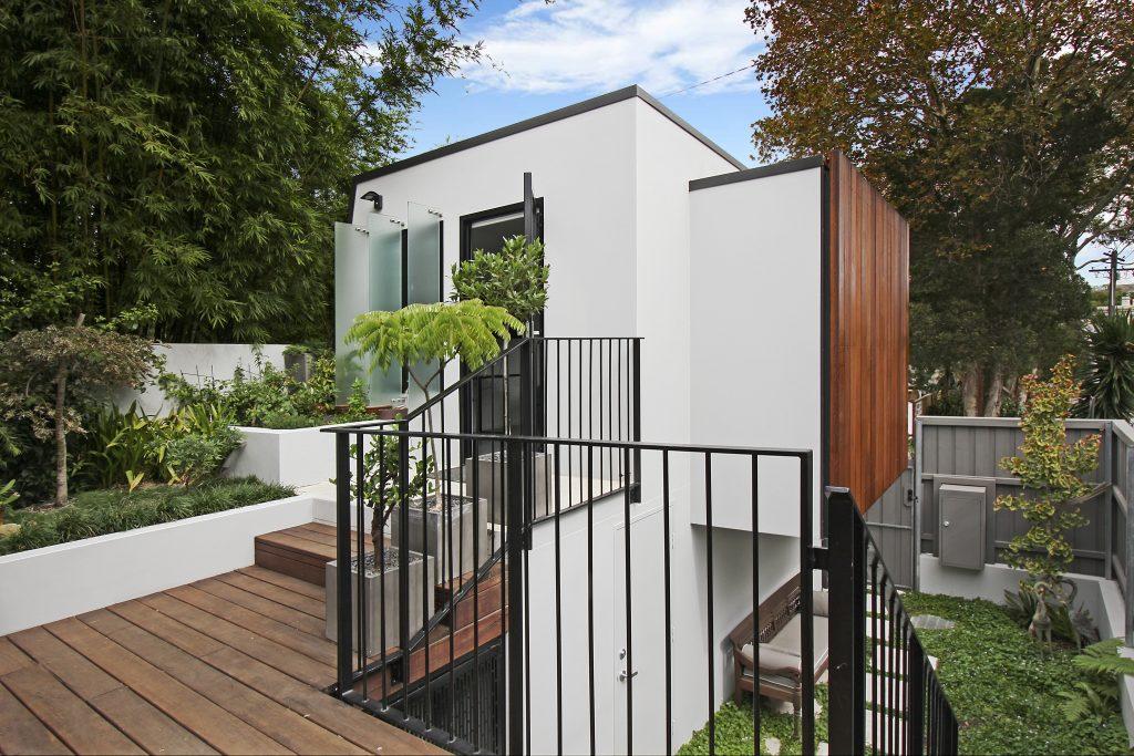 Modern Studio build behind Victorian Terrace inner west