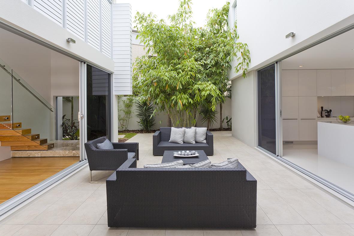 Architectural home build Sydney, Best Knockdown Rebuild Sloping Bock